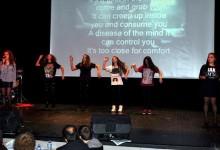 Özlüce Anadolu Lisesi'nde karaoke heyecanı