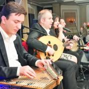 Club Altınceylan Meyhane'de ise yılbaşına Türk Sanat Müziği damgasını vurdu.
