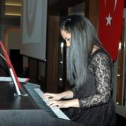 Ceren Karayaka - Mini piyano resitali-1