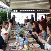 Bursalı iş kadınlarından oluşan Miss Quality Group'u 8 Mart Dünya Kadınlar Günü dolayısıyla Look PR&Danışmanlık Aylin Yapıcı'nın DoubleU Cafe'de düzenlediği kahvaltıda bir araya geldi.