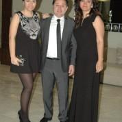 Gülten-Mesut Mestan ve kızları Melis