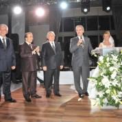 Genç çiftin nikâhını Bursa Büyükşehir Belediye Başkanı Recep Altepe kıydı.
