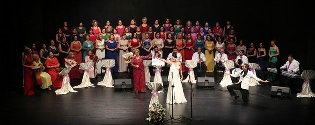 Kadın Korosu konserinde doğum günü sürprizi