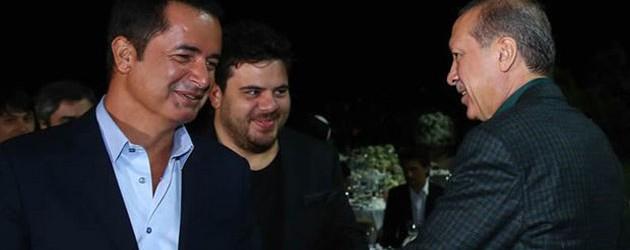 Cumhurbaşkanı Erdoğan ünlülere iftar yemeği verdi