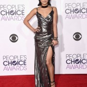 vanessa-hudgens-2016-people-s-choice-awards-in-microsoft-theater-in-los-angeles-9