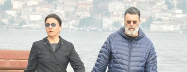 Ali Taran sevgiliyle yürüyüşte