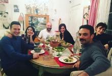 Halit Ergenç ve Bergüzar Korel evlerinde arkadaşlarını ağırladı