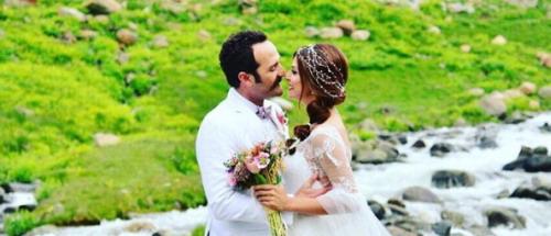 Timur Acar ve Eda Özerkan'ın düğün fotoğraflarının sırrı