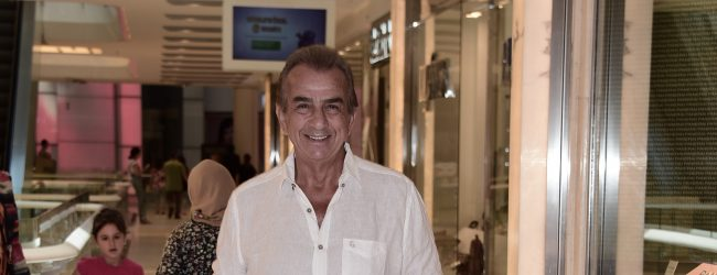 Erhan Yazıcıoğlu iş ve tatili bir arada yürütüyor