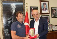 """Kaya Çilingiroğlu: """"Türk halkını gönülden kutluyorum"""""""