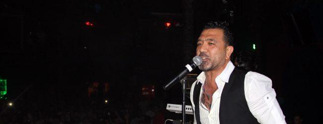 Altan Çetin yeni albümünü Marmarisli hayranları ile kutladı