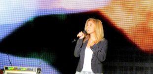 Dünyaca ünlü yıldız Lara Fabian konserine Çeşme'de büyük ilgi
