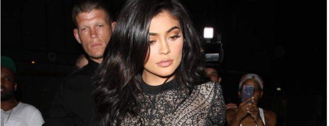 Kylie Jenner Doğum Günü Kutlamalarına Erken Başladı