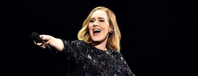 Adele'den 'sıfır makyaj' paylaşım