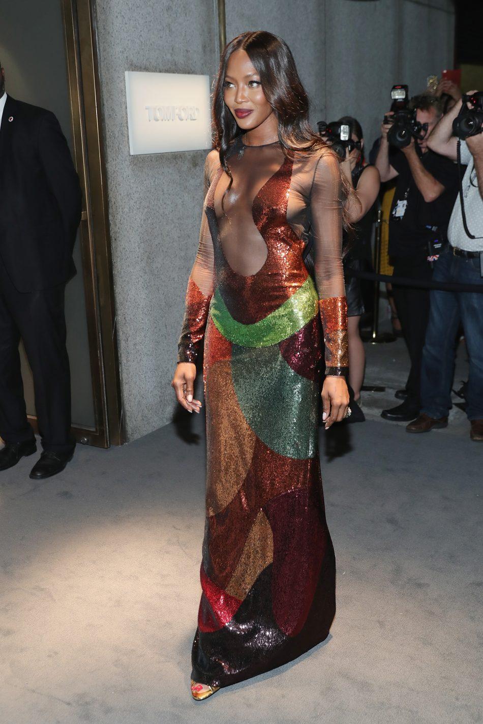Malfunction dresses in a fashion show Bella Hadid Suffers Wardrobe Malfunction At Paris Fashion Week