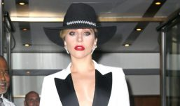 Lady Gaga'nın klasik ihtişamı