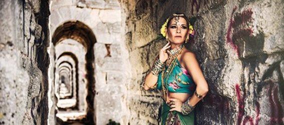 Ayşe Arman, Hintli Kadınlar Gibi Giyindi