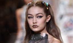 Gigi Hadid Milano Moda Haftasına Damga Vurdu