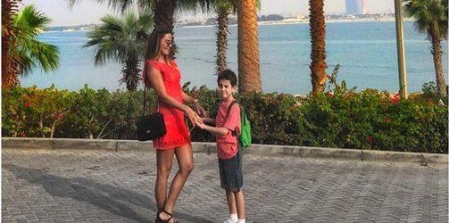 Özlem Yıldız'ın Dubai tatili