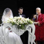 Genç çiftin nikahını Nilüfer Belediye Başkanı Mustafa Bozbey kıydı.