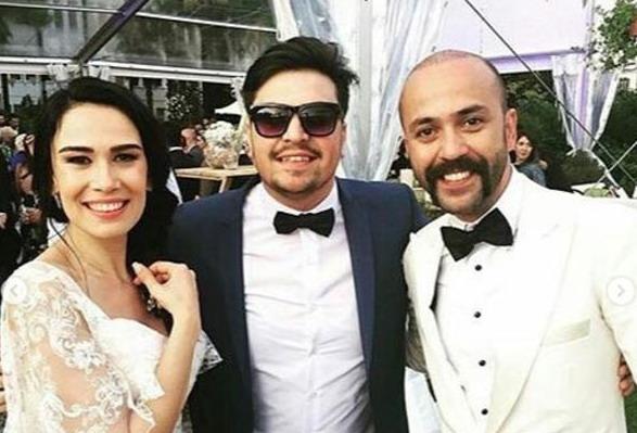 Sarp Akkaya ile Sinem Yalçınkaya evlendi