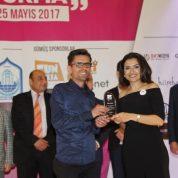 Magazin Muhabiri Ersel Nalbant Basın ödülünü aldı.