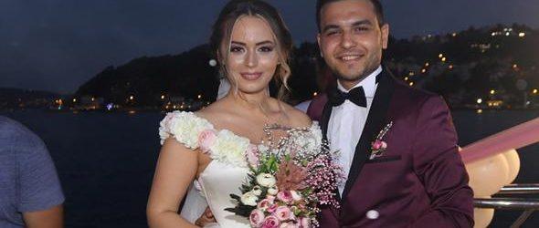 İlk aşkıyla evlendi