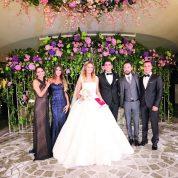 Neşe içinde geçen düğün töreninde Burcu ve Canberk'in nikah şatitlikleriniEmre Sezer, Katya Yırtıcı, Özge Çetinbudak ve Cemal Dikici alkışlar arasında yaptı.
