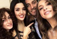 Hande Erçel'in kardeşi nişanlandı