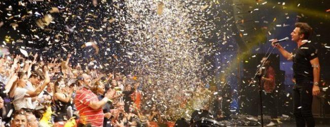 Bursa Festivaline Teoman'lı final