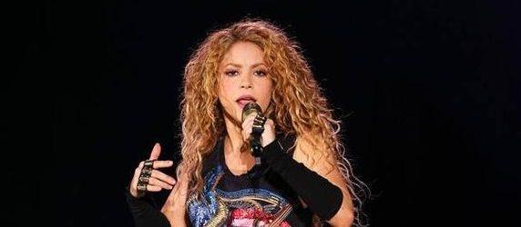 Shakira Boğaz'ı salladı.