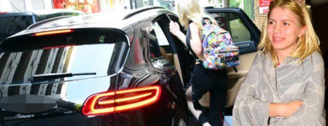 Aleyna Tilki 700 bin liraya otomobil aldı