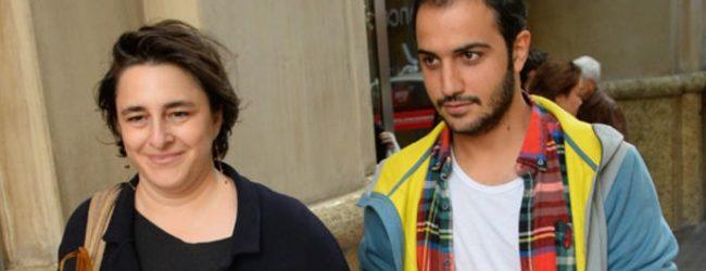 Ünlü oyuncu 16 yaş küçük sevgilisiyle görüntülendi