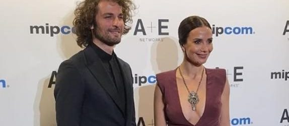 Songül'ün Cannes şıklığı