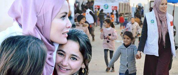 Ünlü oyuncu Gamze Özçelik, İdlib'de!