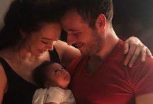 """İşte Azra Akın'ın bebeği: """"Gözleri annesinde"""""""