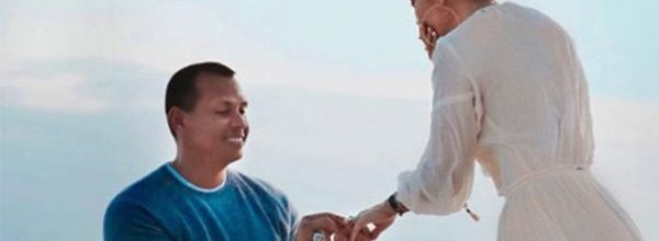 Jennifer Lopez'in nişanlısı Alex Rodriguez uslu durmuyor
