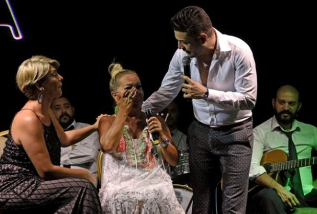 Safiye Soyman'ı ağlatan şarkı
