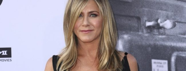 Jennifer Aniston'dan Instagram özrü