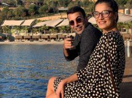 Emre Karayel ile Gizem Demirci'den balayı pozu